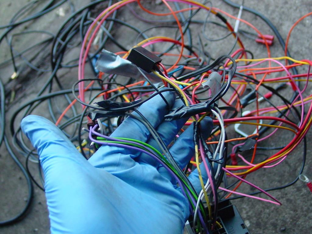 KENWOOD DNX521DAB UPGRADE - WIRING HORRORS UNCOVERED - Sat Nav and ...
