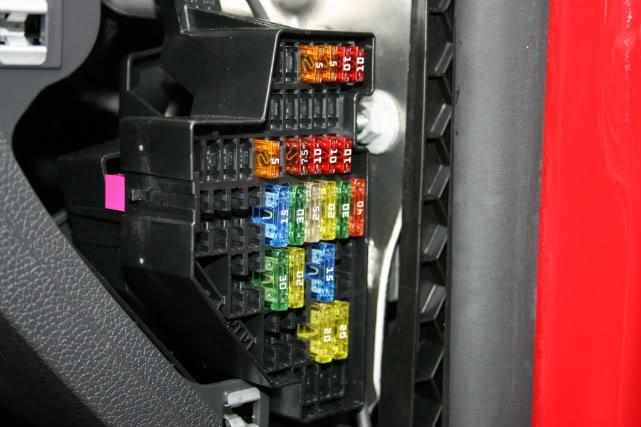 IMG_4510 Vw Golf Fsi Fuse Box Layout on