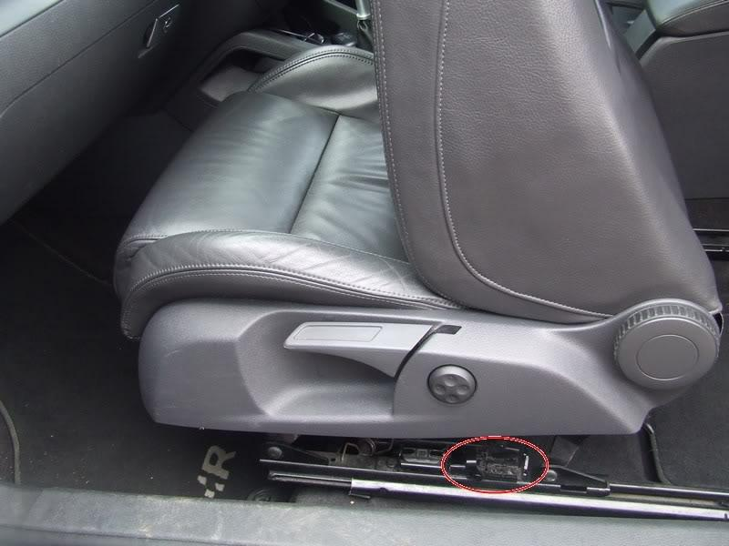 How To Repair 3 Door Sliding Seat Problem Page 1 How To Guides