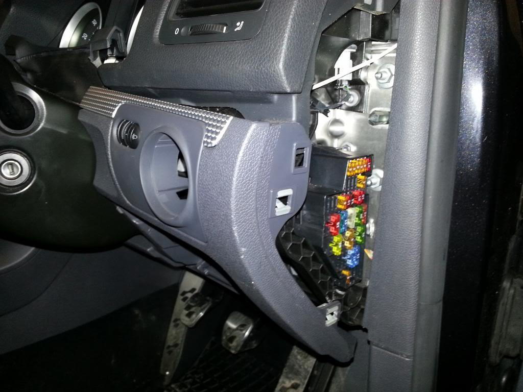 How To Mk5 Heated Seats Retrofit Page 1 Guides 2013 Golf Fuse Box Starting From Near The Prise Panel Out And Withdraw Car Working Towards Steering Wheel